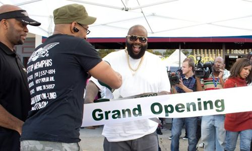 Rick-Ross-Bringing-More-Wings-to-Memphis-With-Latest-Wingstop-Restaurant